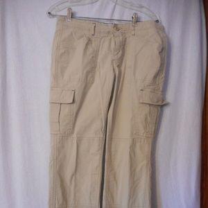 L.L. Bean Petites Size 8 P Beige cargo pants